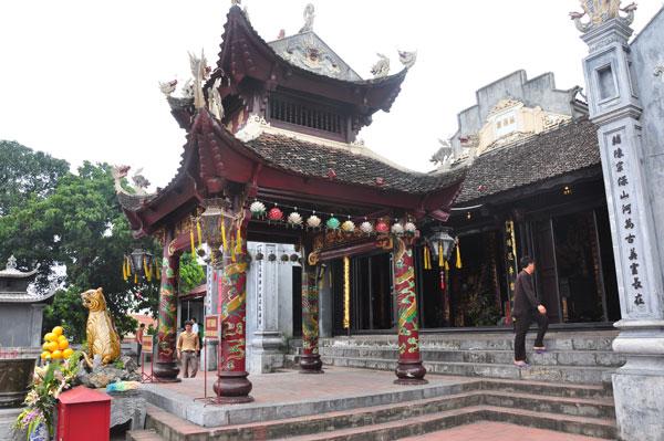 Đền Cửa Ông thờ Đức Ông Hưng Nhượng Đại Vương Trần Quốc Tảng. Ảnh: internet