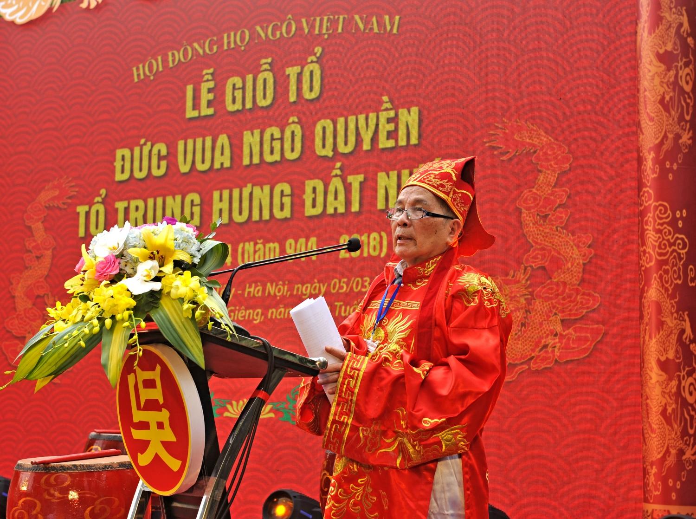 Cụ Ngô Vui - Chủ tịch Hội đồng Họ Ngô VN báo cáo tại Lễ giỗ đức Vương Ngô Quyền xuân Mậu Tuất 2018