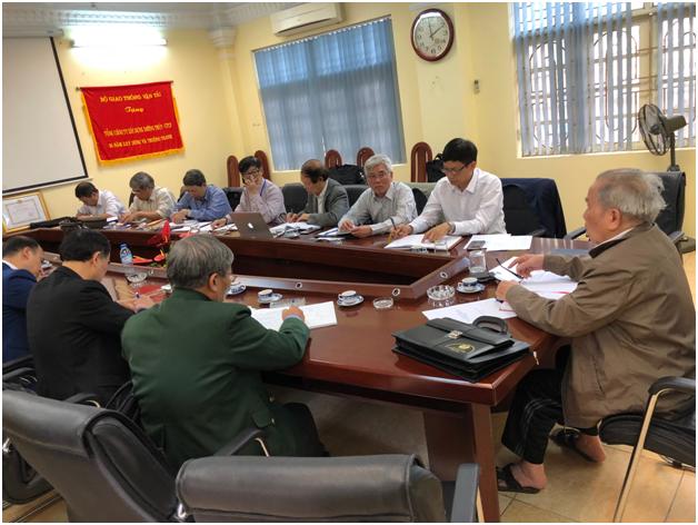 Thường trực HĐHN Việt Nam họp dưới sự chủ trì của Chủ tịch Hội đồng Ngô Vui