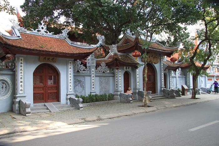 Chùa Hòe Nhai - một trong những ngôi chùa cổ lớn ở kinh đô Thăng Long  xây dựng từ thời Lý (1010-1225) nay thuộc phố Hoè Nhai - Hà Nội. Ảnh internet